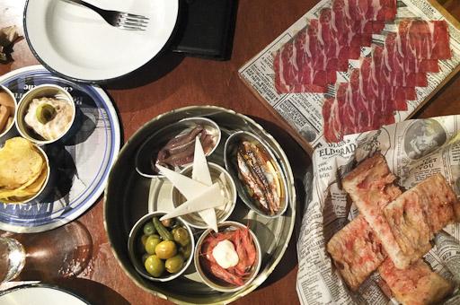 El vermuteo de La Guingueta de la Barceloneta / Foto: Godo Chillida para Los Foodistas