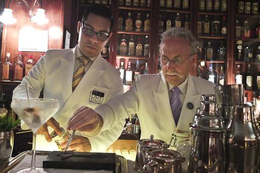 La barra del Dry Martini, mezcla tradición e innovación / Foto: Godo Chillida para Los Foodistas©