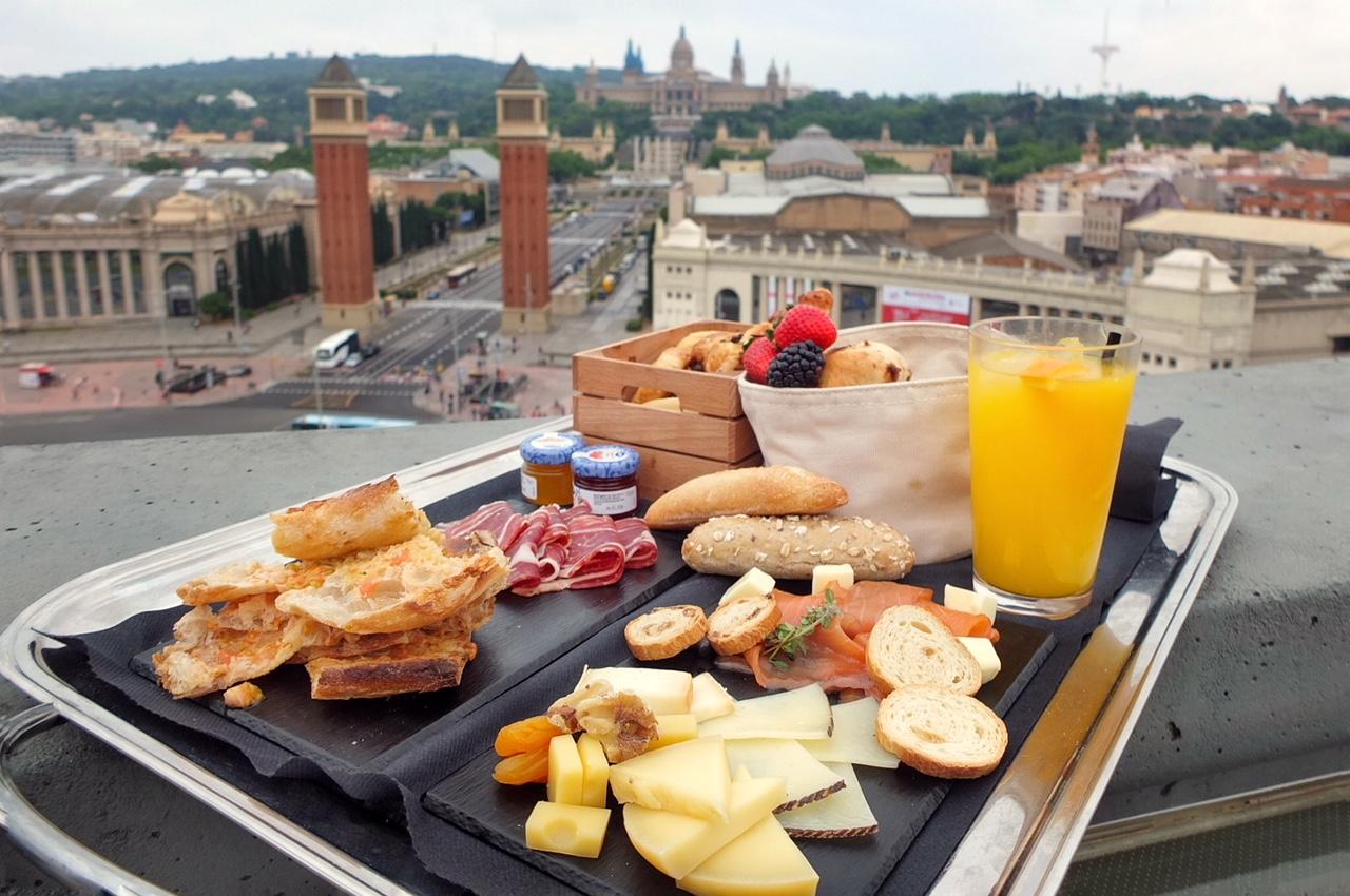 desayuno con vistas barcelona
